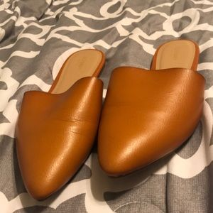 Old navy flat mules